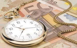 Pri peniazoch ide mnohokrát o čas, preto je žiadúcim atribútom rýchlosť posúdenia Vašej žiadosti